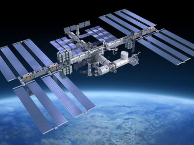 Descubiertas nuevas bacterias en la Estación Espacial Internacional