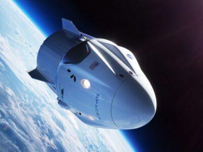 Doble Llave - ¡Misión cumplida! La cápsula Crew Dragon se acopló a la EEI