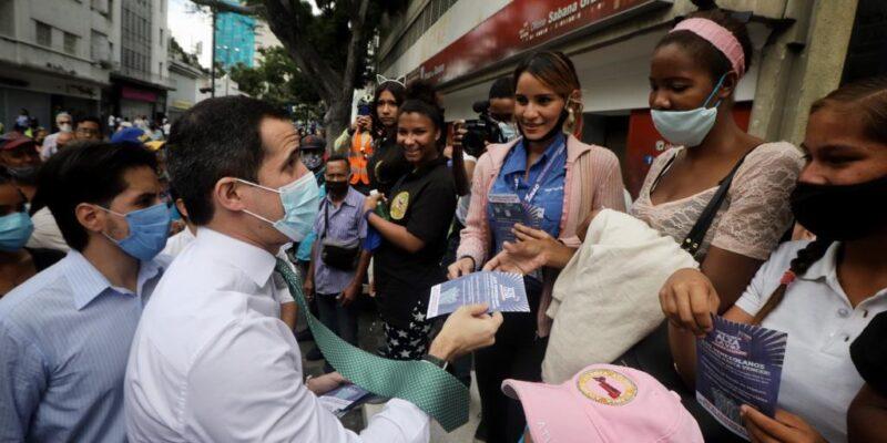 Doble Llave - Guaidó pide un plan de vacunación supervisado por organismos internacionales