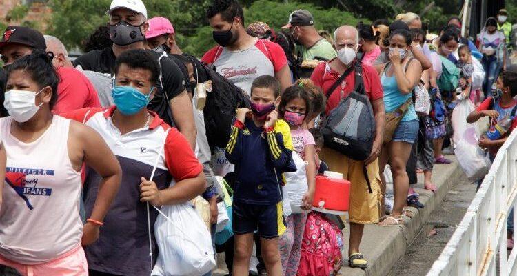EE.UU. apoyará a los migrantes venezolanos junto al BID