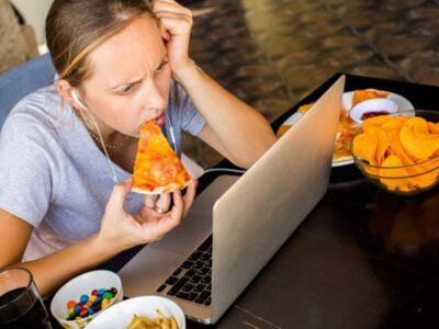 La comida chatarra ocasiona trastornos en el sueño