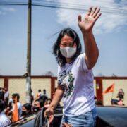 Doble Llave - Kenji Fujimori pide a Perú votar por su hermana Keiko