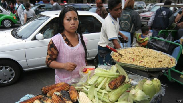 Trabajo informal podría afectar el crecimiento de los países, según el Banco Mundial