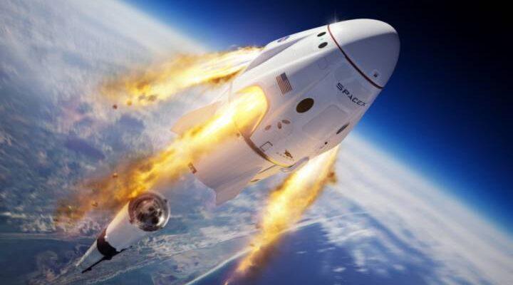 Nave de SpaceX aterrizó en la Tierra con 4 astronautas