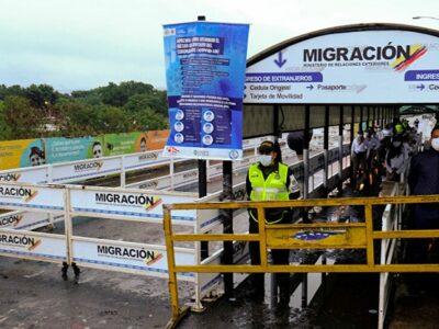 Autoridades colombianas estudian posibilidad de abrir la frontera con Venezuela
