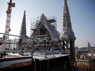 Cierran temporalmente la plaza de la catedral de Notre Dame