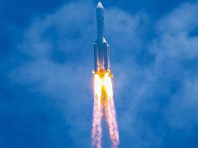 Los restos del cohete chino caen sin provocar daños en el Océano Índico