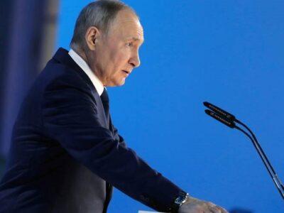 """Putin anunció multas para medios que difundan información de """"agentes extranjeros"""" sin identificarla"""