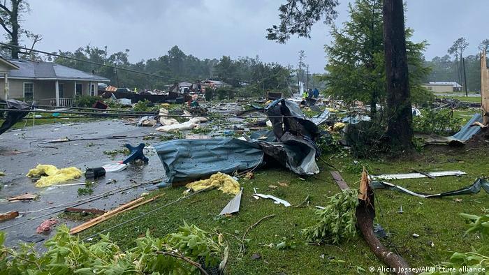 Al menos 10 niños murieron en accidente por tormenta tropical Claudette en Alabama