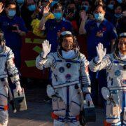 EE.UU. felicitó a China por lanzamiento al espacio de nave tripulada