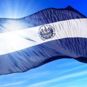 El Salvador renovó la composición de la Corte Suprema en polémica votación