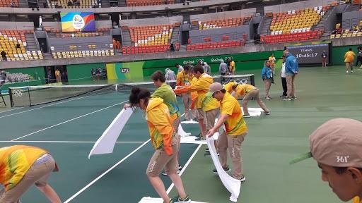 Japón sopesa inmunizar a 70.000 voluntarios de los Juegos Olímpicos