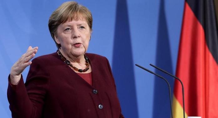 """Merkel hace llamado contra el cambio climático: """"Vivimos a costa de futuras generaciones"""""""