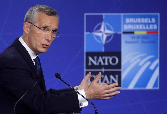"""La OTAN planta cara a """"regímenes autoritarios"""" como Rusia o China"""