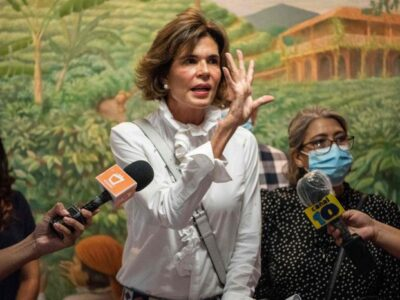 Ordenan la captura de opositora nicaragüense Cristiana Chamorro