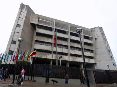 TSJ levantó las medidas cautelares contra directivos de Directv