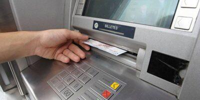 Escasez de efectivo acelera el cierre de cajeros automáticos