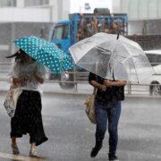 Huracán Elsa activa lluvias y fuerte oleaje en Venezuela