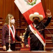 Pedro Castillo asumió presidencia de Perú
