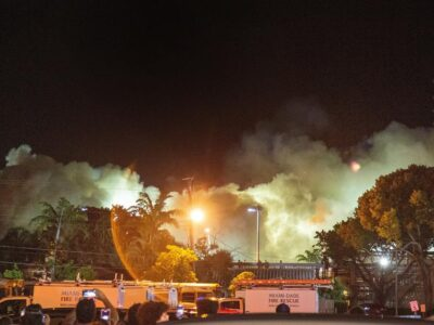 Derriban restos del edificio colapsado hace 11 días en Miami