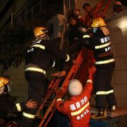 Hotel en China se desplomó y se reportan al menos 8 fallecidos