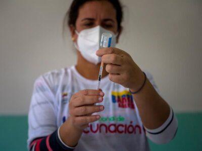Doble Llave - Venezuela tiene vacunas anticovid para 20 % de la población