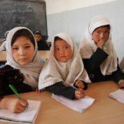 Unesco clamó por la no obstaculización de la educación en Afganistán
