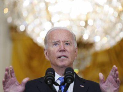 La aprobación de Biden cayó tras los sucesos en Afganistán