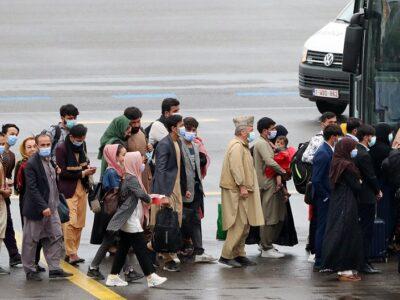 Cerca de 37.000 personas fueron evacuadas desde la toma talibán en Kabul