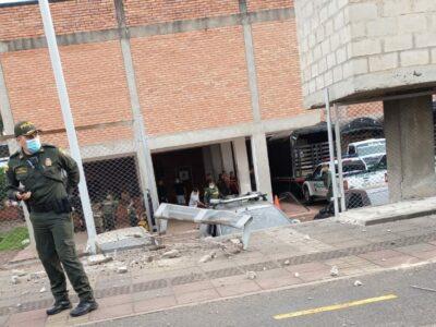 Al menos 14 heridos en atentado contra estación de Policía en Colombia
