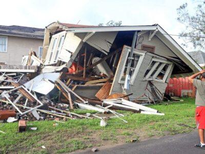 Aumentan a cuatro los muertos en EE.UU. por el paso del huracán Ida