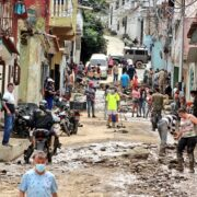 Autoridades informan que aún hay comunidades aisladas en Mérida