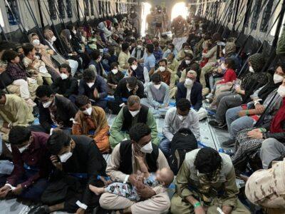EE.UU. informó que 19.000 personas fueron evacuadas de Kabul