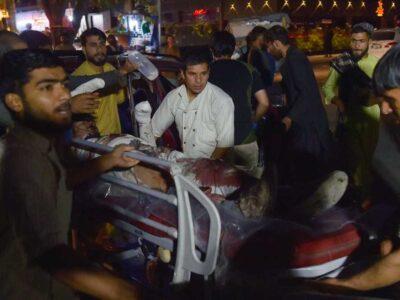 Al menos 113 civiles perdieron la vida en el suceso del que tomó atribuciones el grupo extremista, Estado Islámico