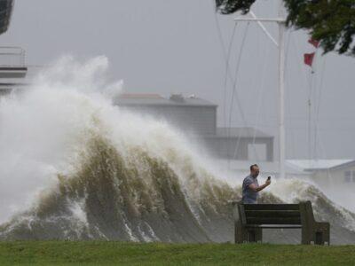 Huracán Ida llegó a Luisiana con intensas ráfagas tras caída de la electricidad