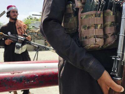 """Un documento revela que presuntamente van """"casa por casa"""" buscando a detractores y colaboradores de las fuerzas extranjeras y a sus familias"""