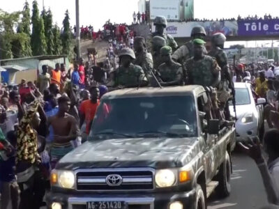 Militares disolvieron el gobierno de Guinea