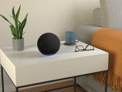 DOBLE LLAVE - Alexa hablará más alto cuando haya ruido de fondo con el sonido adaptativo