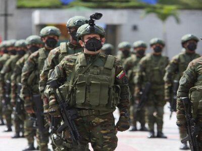 DOBLE LLAVE - Denuncian la detención de dos militares venezolanos en Colombia