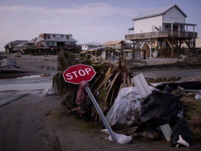 Huracán Larry avanza por el Atlántico y rozará las Bermudas el jueves