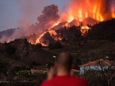 Llegada de la lava al mar en La Palma podría tardar más de lo previsto