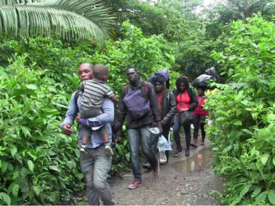 Nueva crisis de migrantes represados en la frontera entre Colombia y Panamá