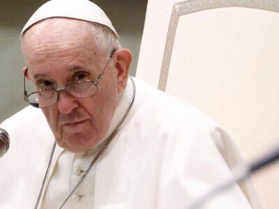 DOBLE LLAVE - Papa Francisco pidió a las universidades y hospitales católicos rechazar el aborto