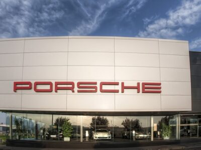 Porsche desarrollará la primera planta del mundo que produce combustible casi neutral en CO2