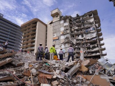 DOBLE LLAVE - Tres personas fueron arrestadas tras usurpar la identidad de víctimas del derrumbe en Miami