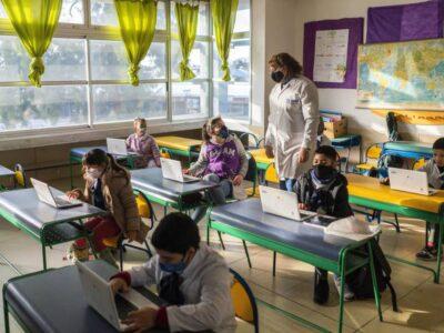 UNESCO: 117 millones de alumnos siguen sin ir a clases por la pandemia