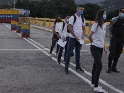 Autoridades aseguran que apertura fronteriza con Colombia será por fases