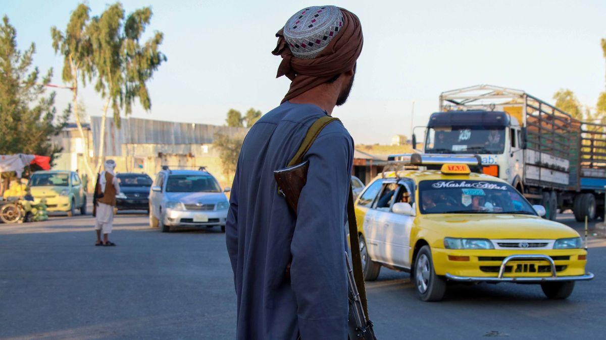 DOBLE LLAVE - EE.UU. promete colaboración internacional para apoyar al pueblo de Afganistán