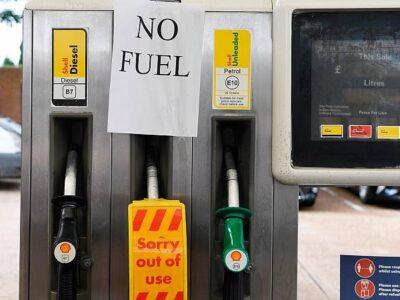 DOBLE LLAVE - Militares en el Reino Unido se encargarán de la distribución del combustible