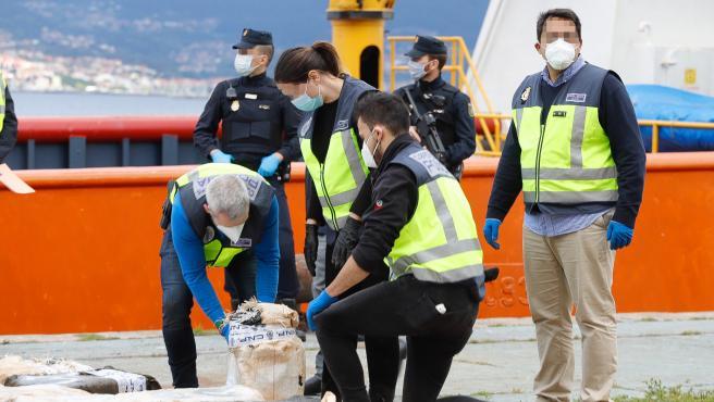Autoridades capturan pesquero de origen venezolano con 4 toneladas de cocaína